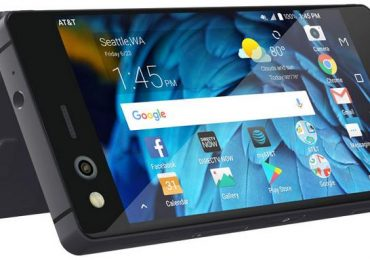 ZTE Axon M debuts with two display screens and Snapdragon 821 SoC