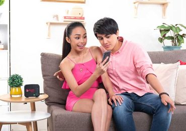 Teen idols MayWard share how you can use your FREE 10GB  from PLDT Home Prepaid Wifi wisely