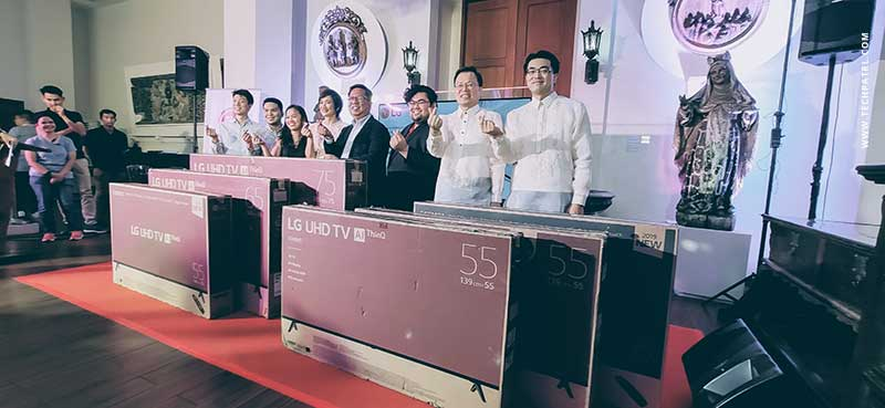 lg ph donates tv to museo de intramuros