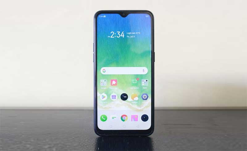 Photo of Realme C2 Review