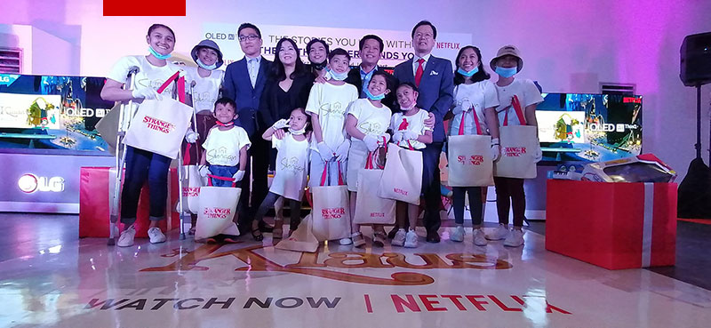Photo of LG PH partners with Netflix for a bigger and better Christmas