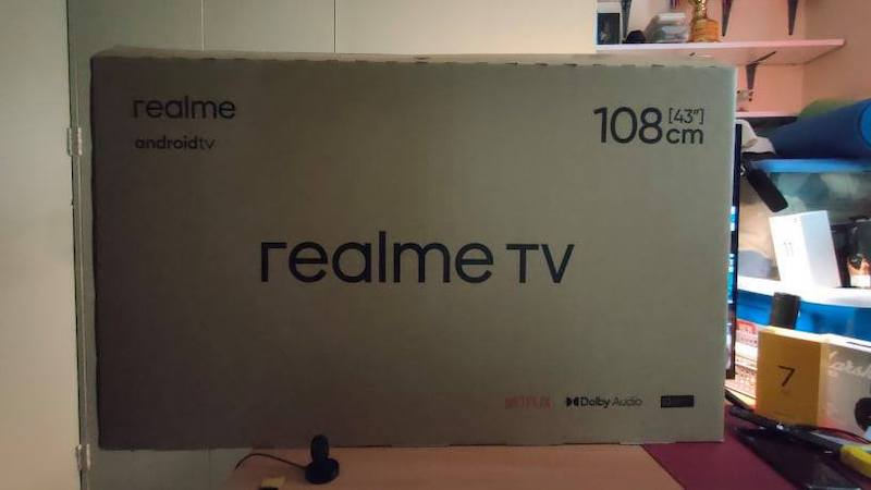 realme android tv retail box